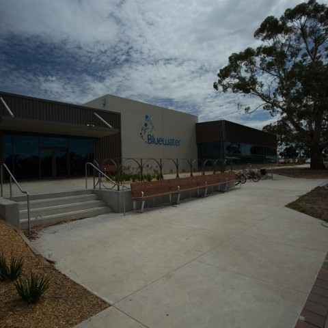 Front view of Bluewater Fitness Centre precast project in Colac